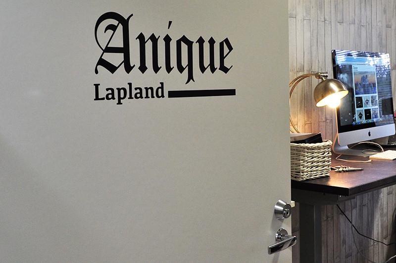 Ovi avoinna Aniquen toimistolle.