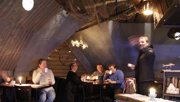 Yrittäjä Pekka Jussila kertoo yrityksen historiaa.